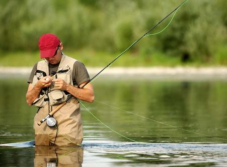 <span>Бесшумные и легкие  генераторы PowerSpot</span> дополнят экипировку рыболова и охотника